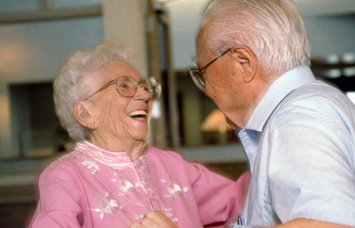 How to Engage Senior-Living Residents in Meaningful Activities